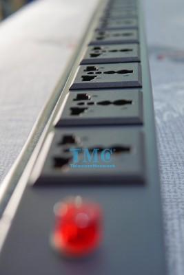 Thanh Nguồn PDU 8 Cổng Đa Năng
